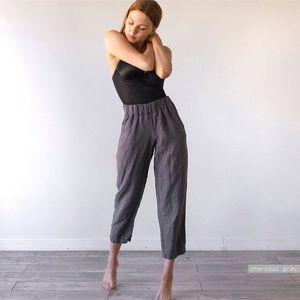 Linen high waisted trousers